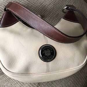 Dooney Bourke All Weather Leather Vintage Preloved